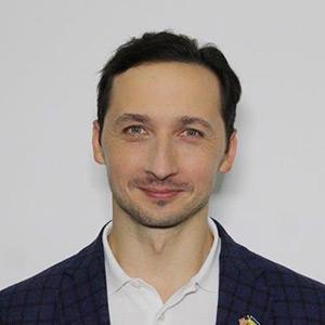 Роман Валесюк